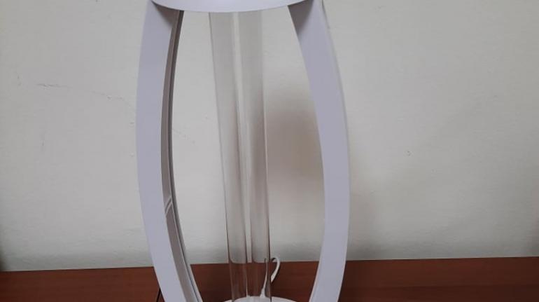 Двойно стерилизиращ и дезинфектиращ уред с ултравиолетови лъчи и озон
