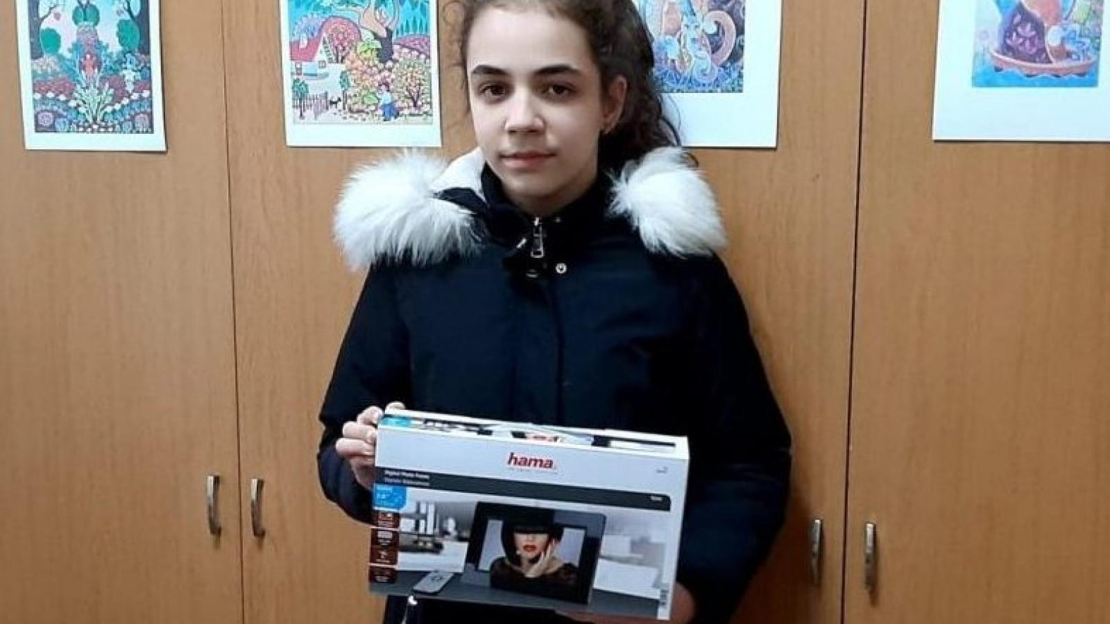 Победителката в конкурса Никол Иванова